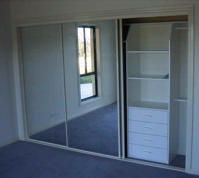How To Make Built In Wardrobes With Sliding Doors: Central Coast Kitchens & Wardrobes
